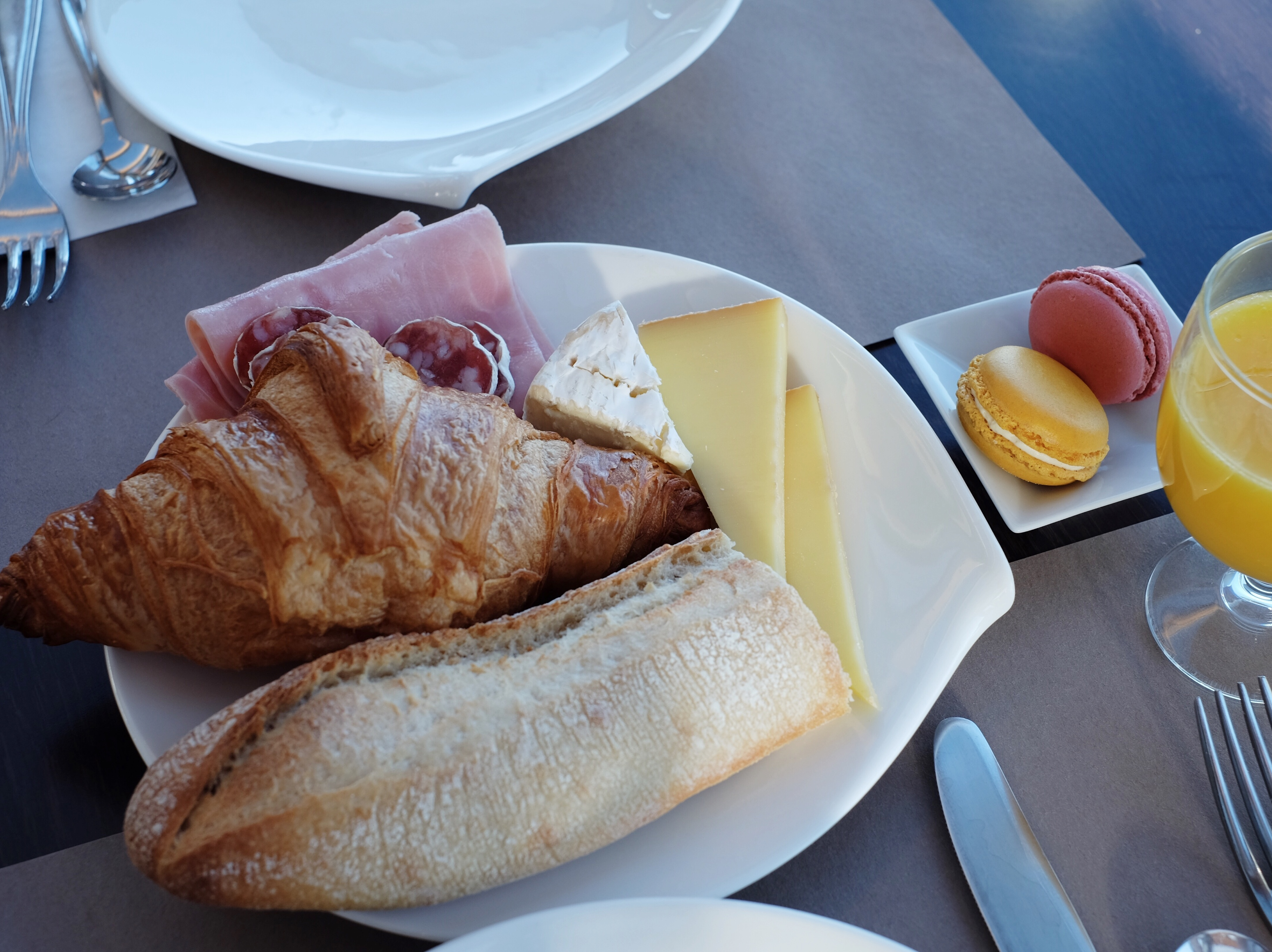 normandy_breakfast